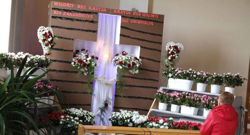Kościół, Groby Pańskie kościołach Łowiczu (ZDJĘCIA) - zdjęcie, fotografia