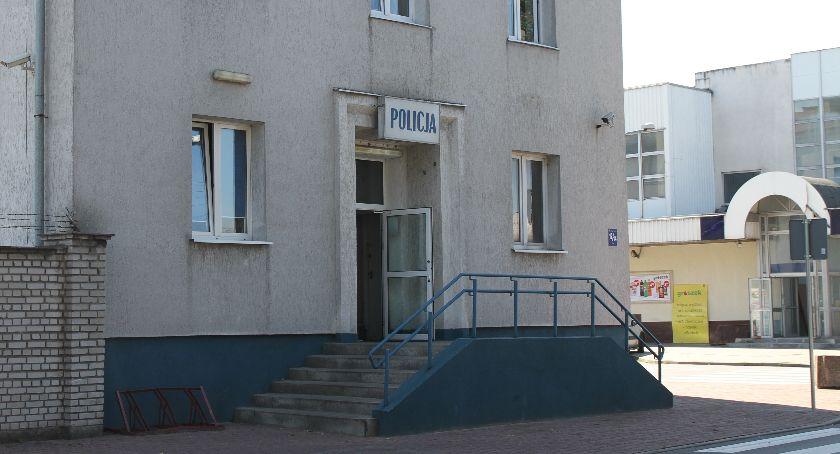 Kronika policyjna, Łowickie kobieta zamknęła Złodziej ukradł fotelik dziecięcy sprzęt audio - zdjęcie, fotografia