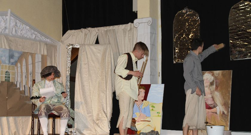 Uroczystości patriotyczne, przedstawienie szkołach pijarskich - zdjęcie, fotografia