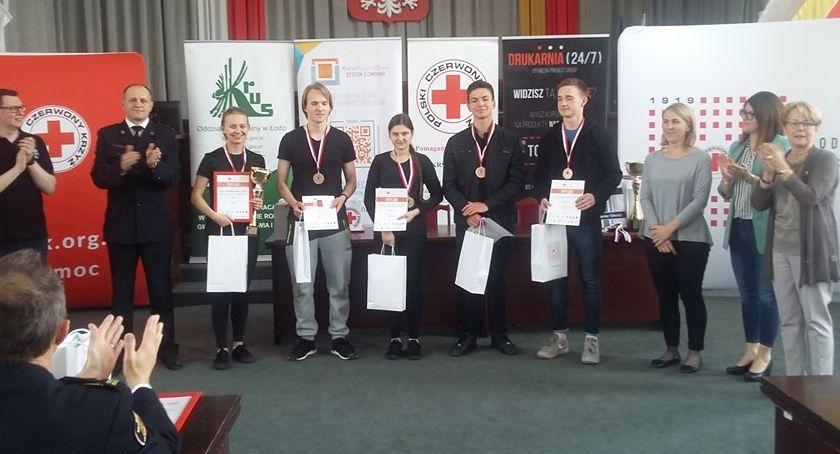Edukacja, Licealiści zajęli miejsce Mistrzostwach Pierwszej Pomocy - zdjęcie, fotografia