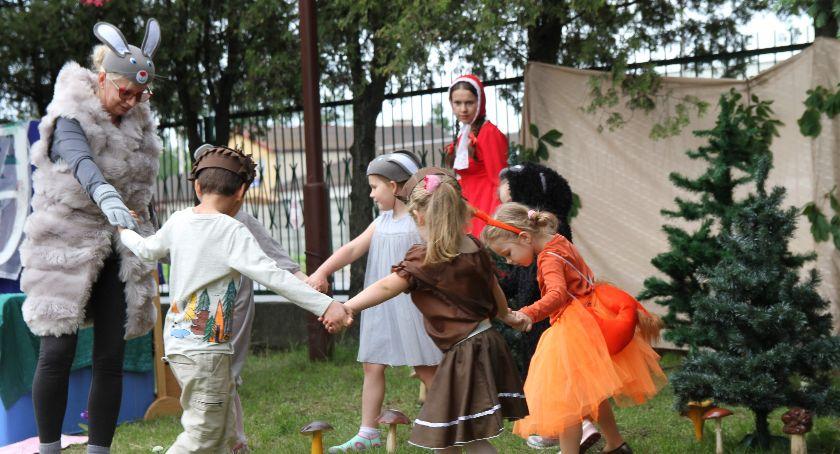 Edukacja, Festyn Rodzinny INTEGRACJI przedszkolu Świerkami - zdjęcie, fotografia