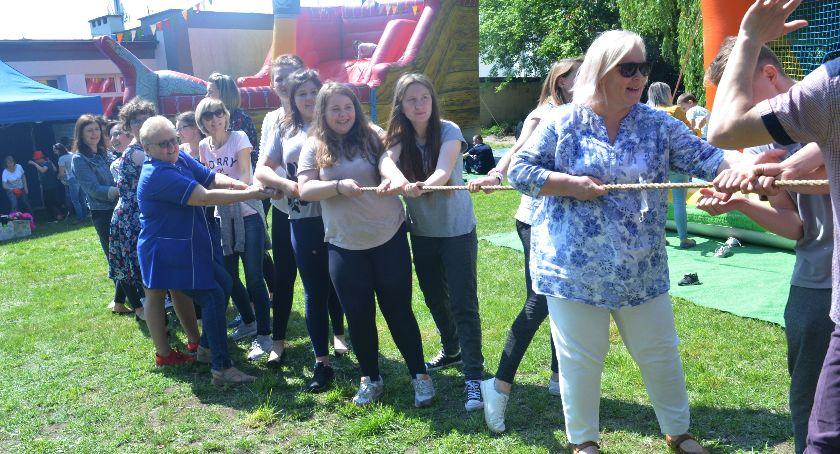 Edukacja, Święto Specjalnego Ośrodka Szkolno Wychowawczego Łowiczu (ZDJĘCIA) - zdjęcie, fotografia