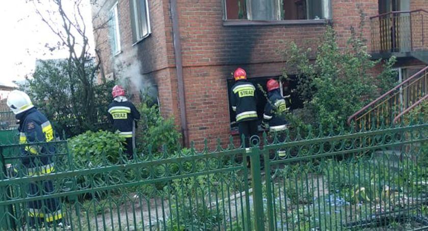 Interwencje straży pożarnej, Pożar Bąkowie Górnym Jedna osoba poszkodowana - zdjęcie, fotografia