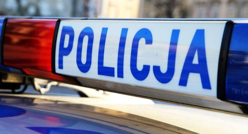 Kronika policyjna, latka straciła prawo jazdy trasie poznańskiej Łowiczu - zdjęcie, fotografia