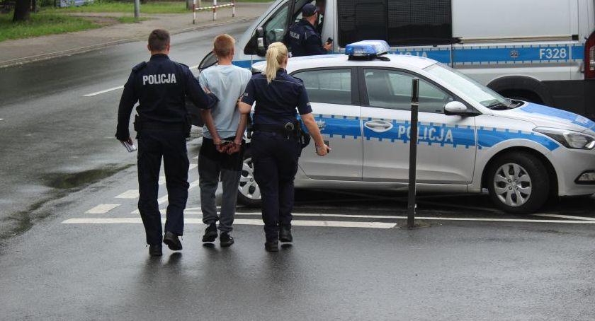 Kronika policyjna, Fałszował recepty grozi pozbawienia wolności - zdjęcie, fotografia