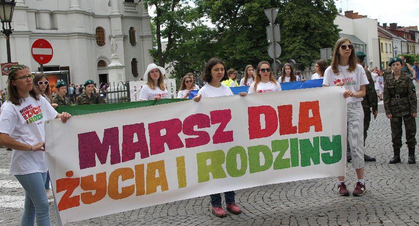Kościół, Marsz Życia Rodziny Łowiczu (ZDJĘCIA VIDEO) - zdjęcie, fotografia