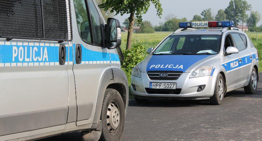 Komunikaty policji , Kolejni kierujący podwójnym gazie - zdjęcie, fotografia