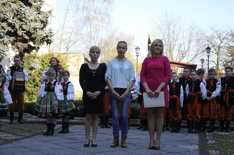 Koncerty, Folkowy koncert Agnieszki Kuźnickiej - zdjęcie, fotografia