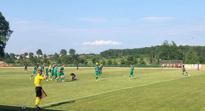 Piłka nożna, Znicz Biała Piska Pelikan Łowicz - zdjęcie, fotografia