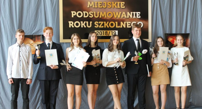 Edukacja, Miejskie podsumowanie szkolnego 2018/19 (DUŻO ZDJĘĆ) - zdjęcie, fotografia