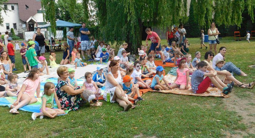 Edukacja, Piknik rodzinny Poradni Psychologiczno Pedagogicznej Łowiczu - zdjęcie, fotografia