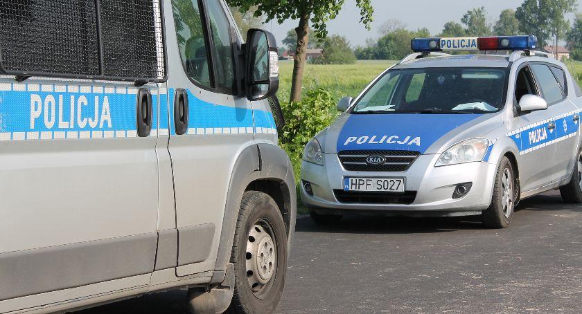 Komunikaty policji , latek odpowie posiadanie narkotyków - zdjęcie, fotografia