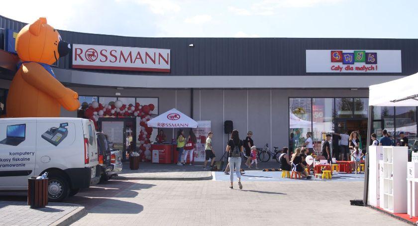 Gospodarka, Premium Łowicz otwarto kolejne sklepy (ZDJĘCIA) - zdjęcie, fotografia