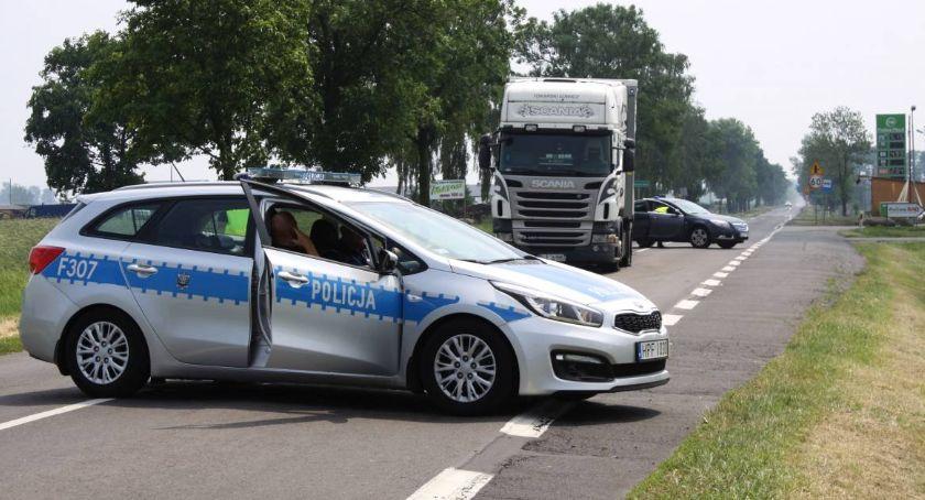 Zza krat, Zabójstwo Łowiczem policyjny pościg podejrzanym Dominik trafi kratki - zdjęcie, fotografia