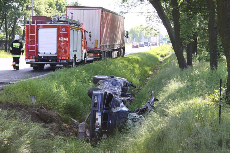 Wypadki i kolizje, Groźne zdarzenie drogowe trasie poznańskiej - zdjęcie, fotografia