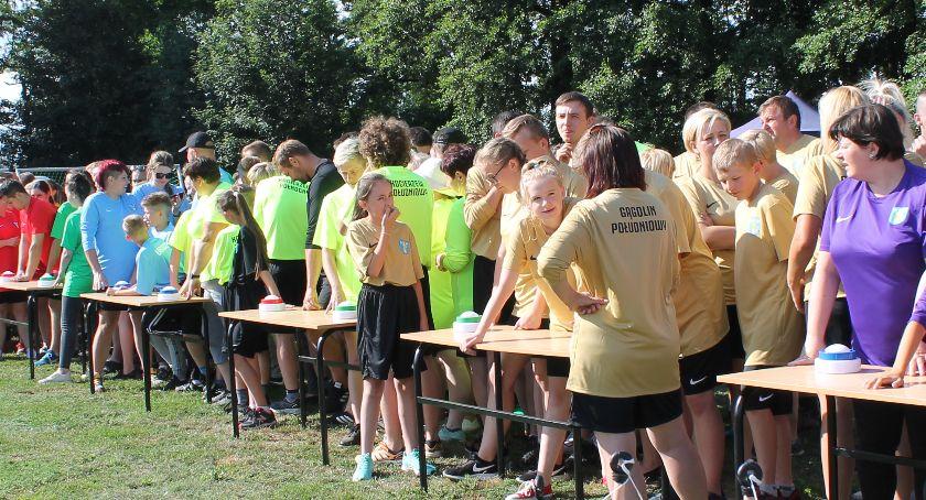Spotkania, Turniej Sołectw Puchar Wójta Gminy Kocierzew Południowy wygrał - zdjęcie, fotografia