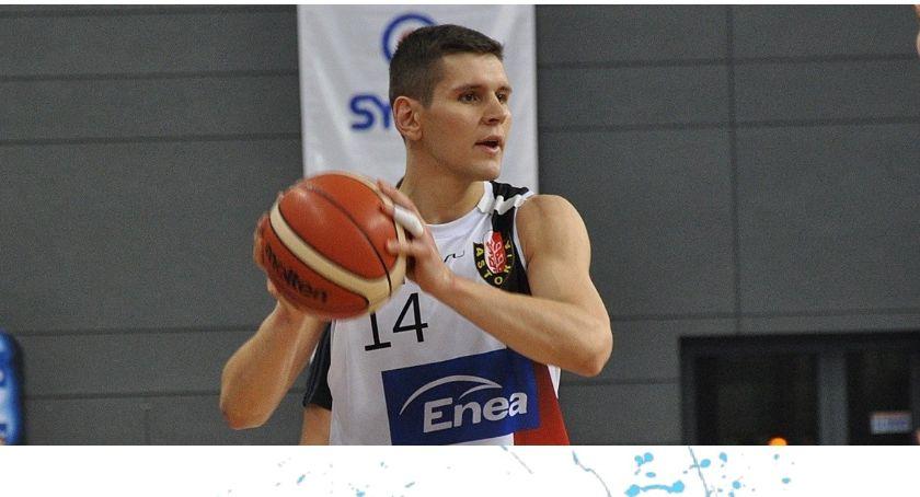 Koszykówka, Księżak zakontraktował nowego zawodnika Znamy sztab szkoleniowy łowickiej drużyny - zdjęcie, fotografia