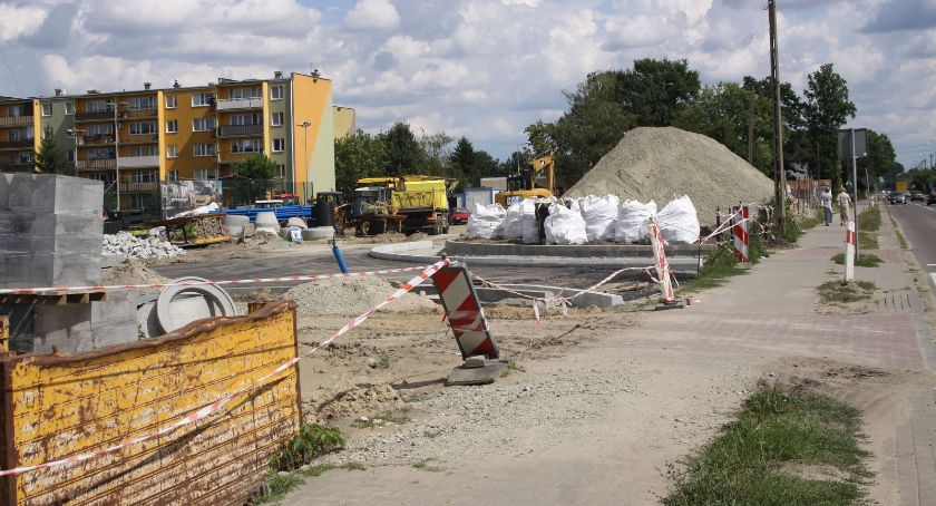 Inwestycje, Budowa nowej Bolimowskiej Łowiczu Będą utrudnienia pieszych (ZDJĘCIA) - zdjęcie, fotografia