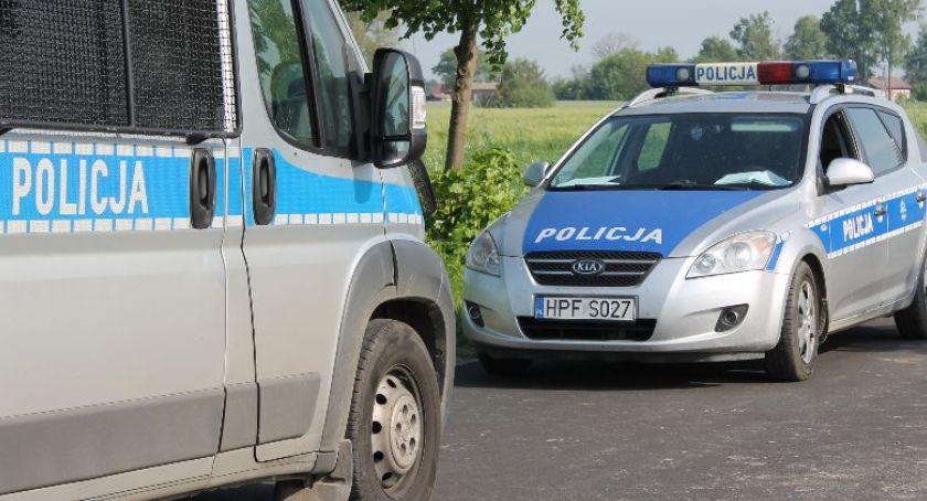 Kronika policyjna, Weekendowe zatrzymania nietrzeźwych kierowców Łowickiem - zdjęcie, fotografia
