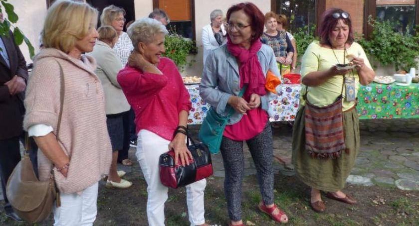 Stowarzyszenia, Zbliża kolejny Dzień Sąsiada baszcie Klickiego - zdjęcie, fotografia