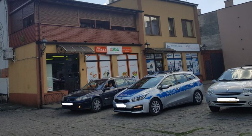 Wypadki i kolizje, Kolizja dwóch samochodów Mostowej - zdjęcie, fotografia