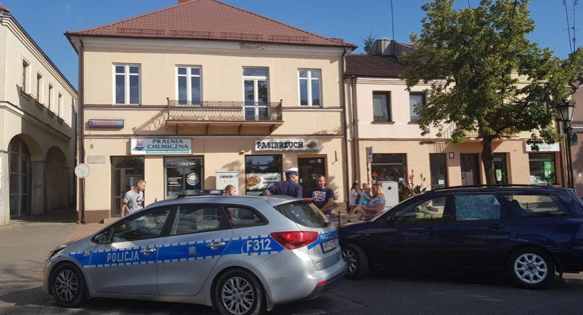 Wypadki i kolizje, Kolejna kolizja Łowiczu Rynek - zdjęcie, fotografia