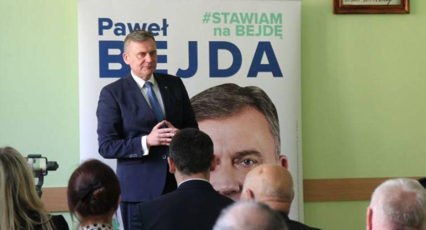 Wybory do parlamentu 2019, Wybory Sejmu Paweł Bejda jedynką Koalicji Polskiej okręgu sieradzkim - zdjęcie, fotografia