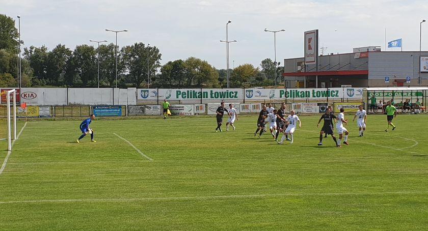 Piłka nożna, Pelikan niedzielę zawalczy punkty Wysokim Mazowieckim - zdjęcie, fotografia