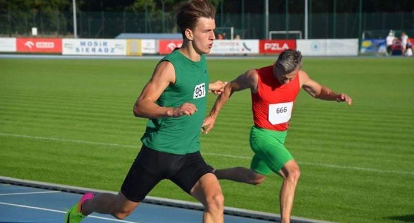 Lekkoatletyka, Tomasz Wieteska nowym rekordem biegu metrów - zdjęcie, fotografia