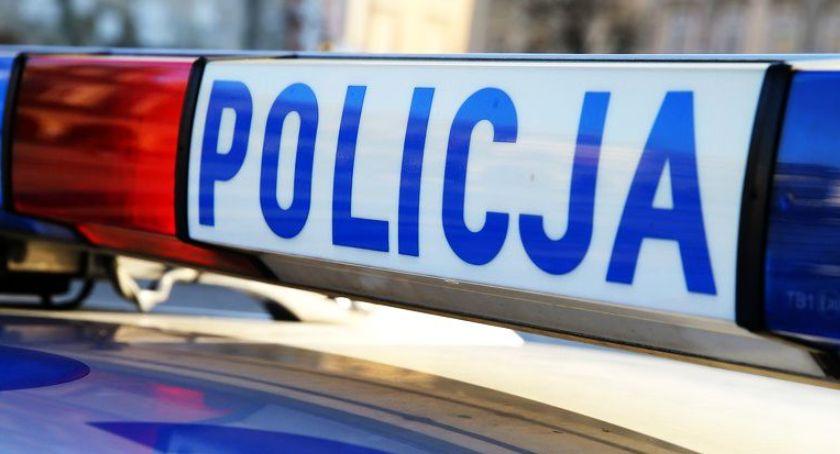 Kronika policyjna, Zduny pijany latek kierownicą Zatrzymał policjant służbie - zdjęcie, fotografia