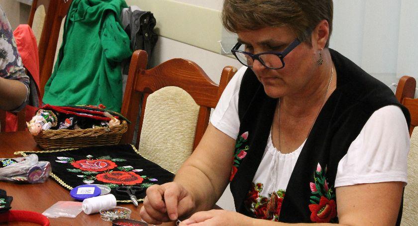 Warsztaty, Warsztaty haftu koralikowego CKTiPZŁ - zdjęcie, fotografia