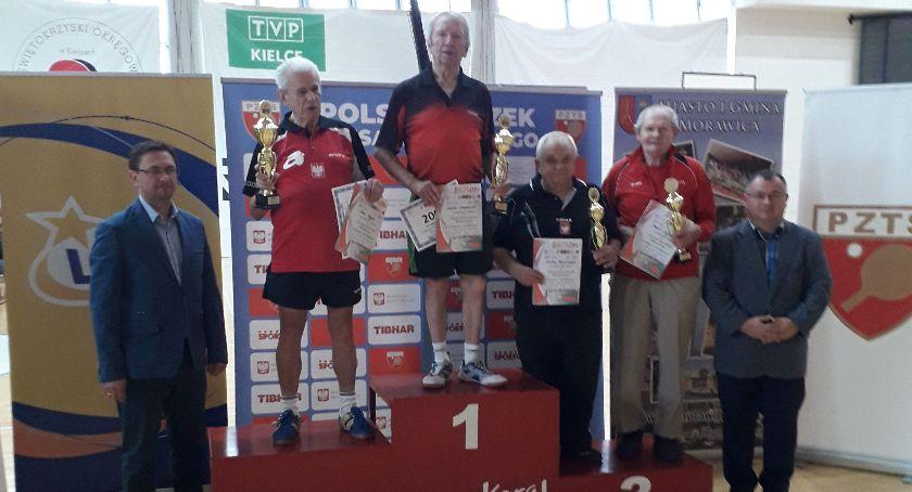 Tenis stołowy, Zwycięstwo Zdzisława Orzechowskiego turnieju tenisie stołowym - zdjęcie, fotografia