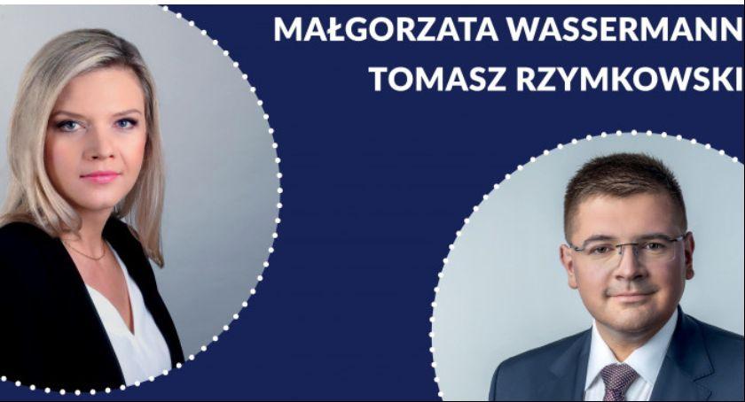 Wybory do parlamentu 2019, Konferencja prasowa Małgorzaty Wassermann Tomasza Rzymkowskiego Łowiczu - zdjęcie, fotografia