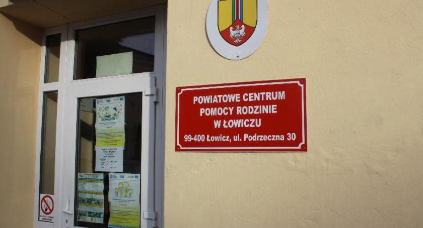 Starostwo Powiatowe, termin zgłoszeń osób niepełnosprawnych projektu Łowiczu - zdjęcie, fotografia