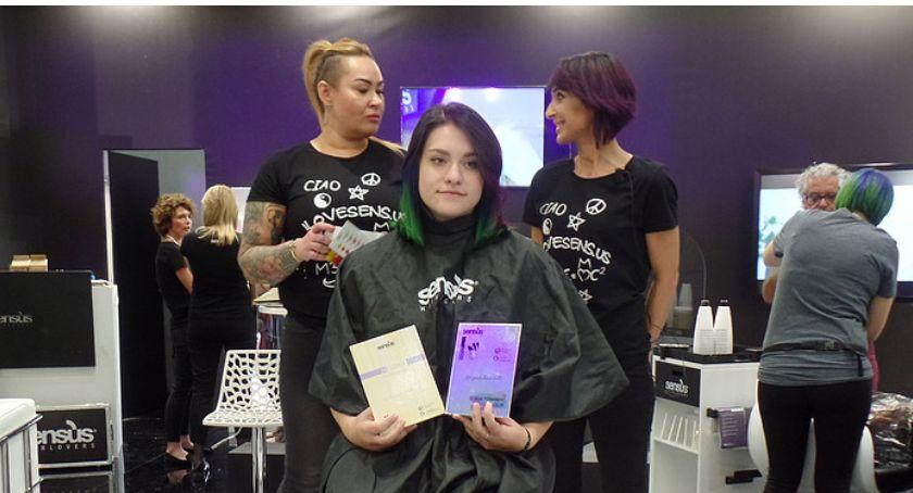 Edukacja, Łowiczu targach fryzjerskich Nadarzynie - zdjęcie, fotografia