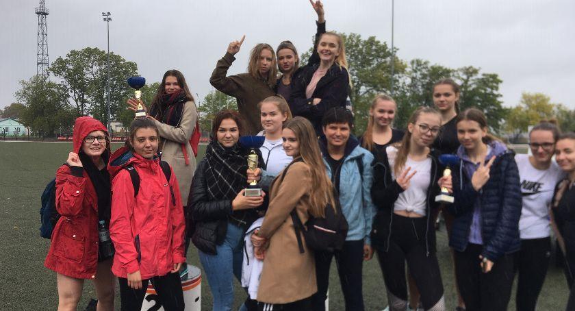 Lekkoatletyka, Powiatowa lekkoatletyczna uczniów szkół średnich - zdjęcie, fotografia