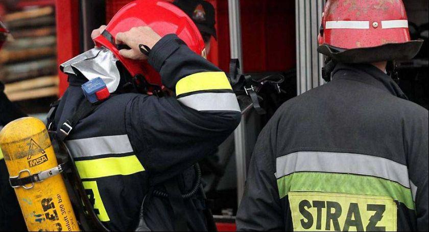 Straż Pożarna, Straty pożarze budynku Podrzecznej sięgają - zdjęcie, fotografia