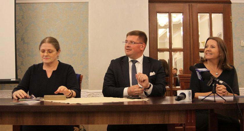 Wybory do parlamentu 2019, Krystyna Pawłowicz kandydaci zachęcali pójścia wybory (ZDJĘCIA VIDEO) - zdjęcie, fotografia