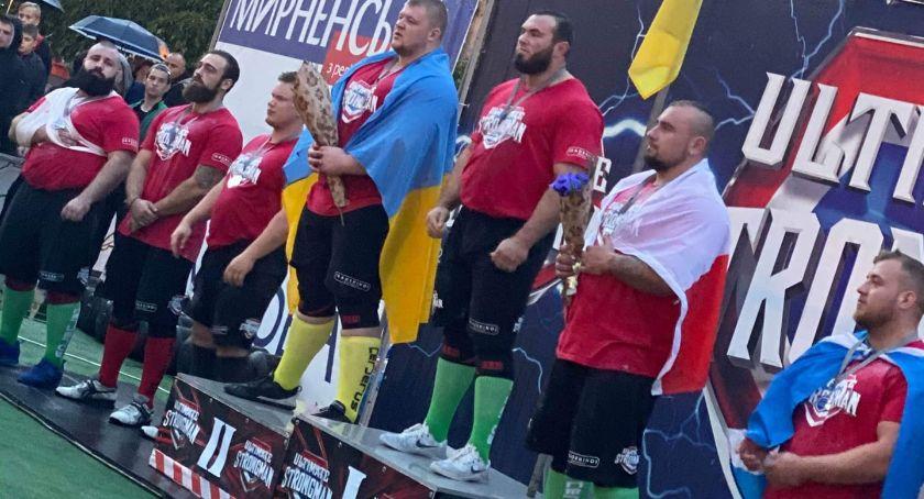 Inne, Konrad Karwat brązowym medalem mistrzostw świata strongman - zdjęcie, fotografia