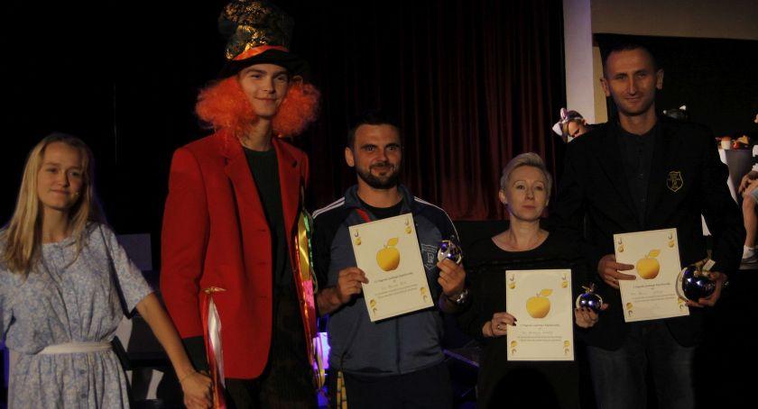 Edukacja, Pijarskiej Krainie Czarów rozdania Złotych Jabłek (ZDJĘCIA VIDEO) - zdjęcie, fotografia