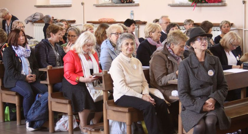 Kościół, Diecezjalny kongres Odnowy Duchu Świętym Łowiczu - zdjęcie, fotografia