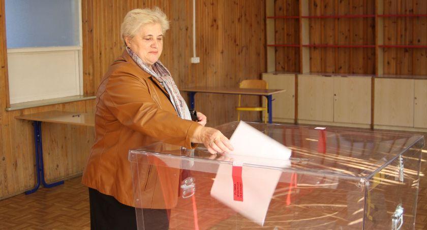 Wybory do parlamentu 2019, Wyniki głosowania wyborach parlamentarnych gminach powiatu łowickiego - zdjęcie, fotografia