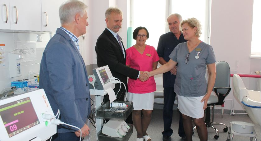 Szpital i opieka społeczna, aparaty łowickiego szpitala - zdjęcie, fotografia