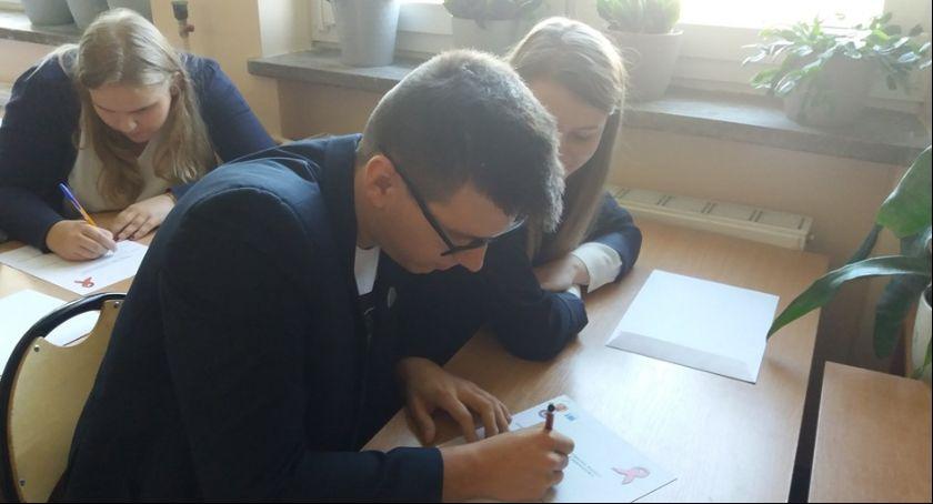 Edukacja, Odbyły powiatowe eliminacje olimpiady wiedzy chorobie Łowiczu - zdjęcie, fotografia