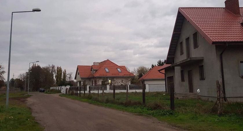 Inwestycje, Ulica Szmaragdowa Diamentowa Błogosławionej Bolesławy Lament końcu zostaną zmodernizowane - zdjęcie, fotografia