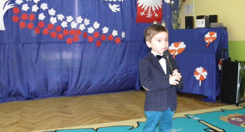 Uroczystości patriotyczne, Święto Odzyskania Niepodległości Przedszkolu Tęczą - zdjęcie, fotografia