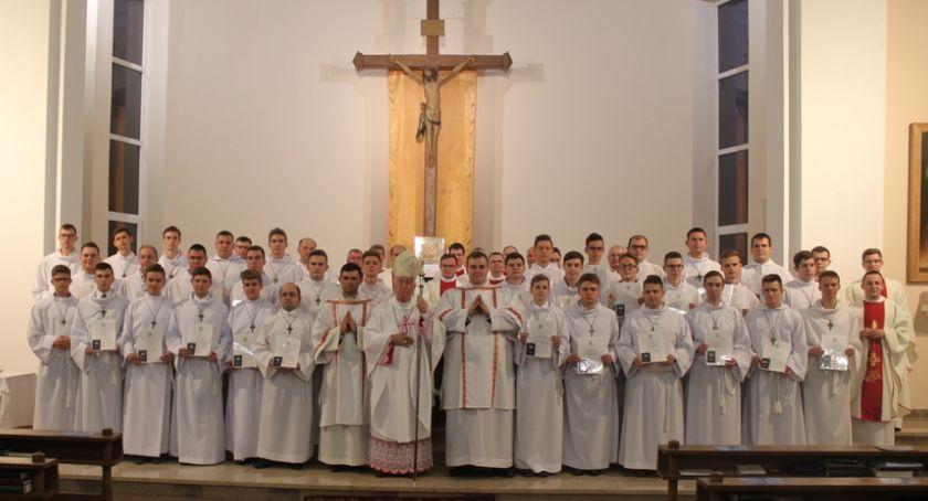 Kościół, Promocja ceremoniarzy diecezji łowickiej - zdjęcie, fotografia