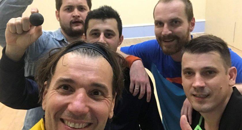 Inne, Drużyna Łowicza pudle pierwszej rundzie Drużynowych Mistrzostw Łodzi squasha - zdjęcie, fotografia