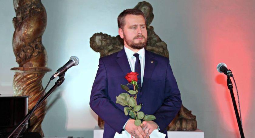 Urząd Miejski, Wyniki konkursu najlepszą pracę dyplomową dotyczącą Łowicza - zdjęcie, fotografia