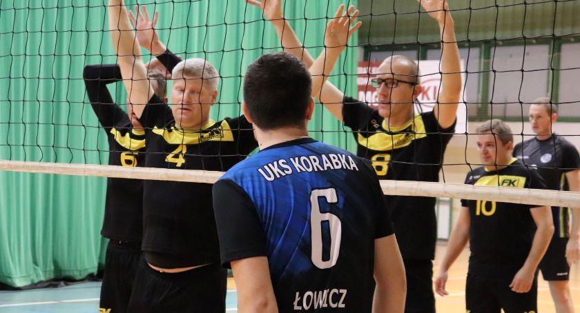 Siatkówka, kolejka Łowicza porażka obrońców tytułu drużyna Głowna liderem - zdjęcie, fotografia